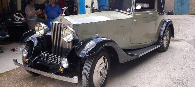 Vintage Vehicle Restoration Header