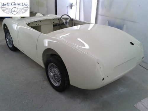 Austin Healey Sprite Restoration Old English White 5