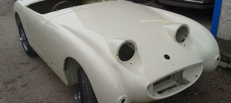 Austin Healey Sprite Restoration Old English White 9