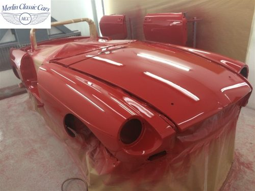 Paintwork Refinishing Example MGB Roadster Off The Gun Finish 3