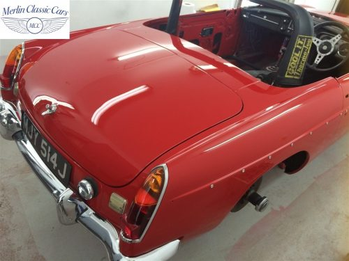 Paintwork Refinishing Example Refinishing 4 Buffed & Polished MGB Roadster 1