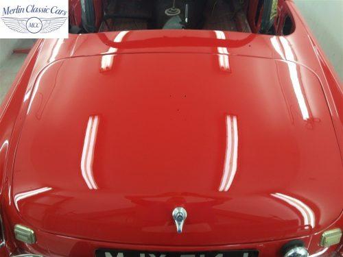 Paintwork Refinishing Example Refinishing 4 Buffed & Polished MGB Roadster 2